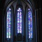 シャガールのステンドグラスがある教会です