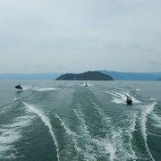 琵琶湖には波もなく、快適なクルーズ