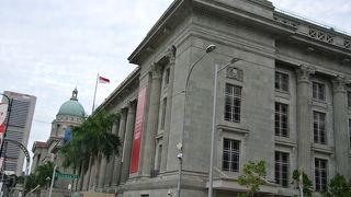 シティ ホール(旧市庁舎)