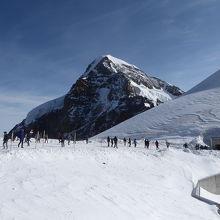 メンヒの高峰も目の前です