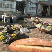 クレメント高松のケーキとパンのお店