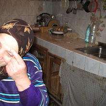 台所の奥さん