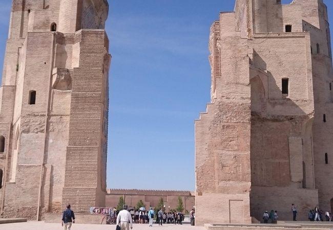 ティムール帝が残した巨大宮殿跡