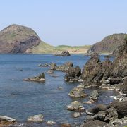 佐渡最北部、大きな亀のような奇岩の絶景