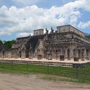 千本柱の神殿