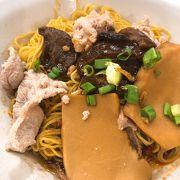 黒酢が効いて美味しいバクチョーミー 屋さん「Seng Huat」