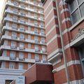 地下鉄烏丸御池駅のそば、きれいなホテル
