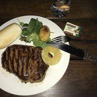 パイオニアBBQで自分で焼いたステーキです。