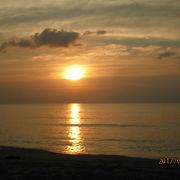 夕日のきれいなビーチ