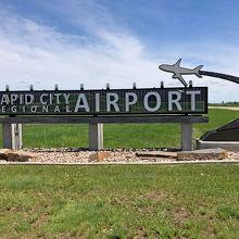 ラピッドシティ リージョナル空港 (RAP)