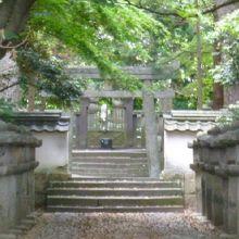 天樹院墓所
