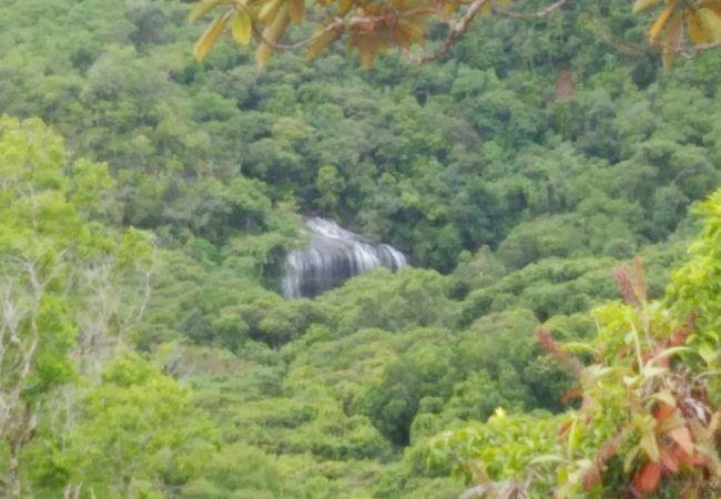 ガラスマオの滝ツアー