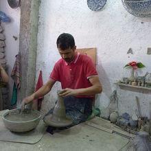 陶器工場もアル