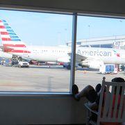 ベストエアポート賞をとったこともある 大きなシャーロットダグラス国際空港