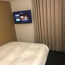 シングルルーム。1人で出張先の宿泊利用には充分です。