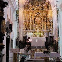 主祭壇がある所。