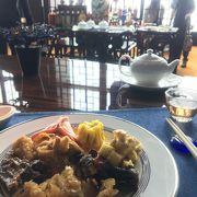 コンラッドのチャイニーズレストラン「チャイナブルー」でファミリーランチビュッフェ