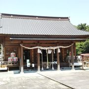 川下りのりば近くの神社