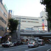 横須賀中央の駅ビル的な感じ