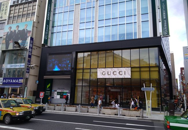 0660ccb885f4 東京 Gucci 新宿 | The Art of Mike Mignola
