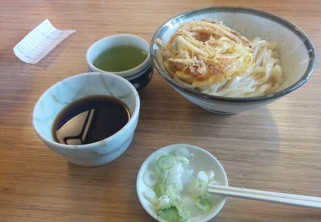 新川うどん店