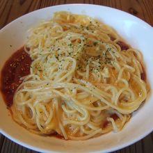 トマトソースのオムレツパスタ