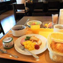 プレート朝食(千円)