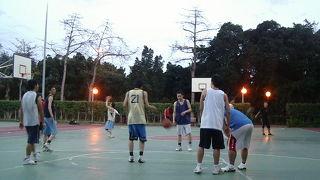 バスケットボールが無料でできる公園