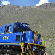 周囲が絶景の登山電車