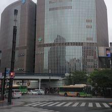 大型複合商業ビル
