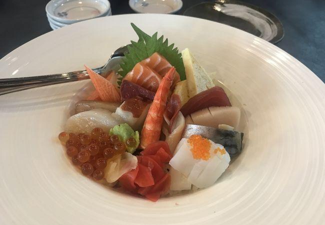 立ち喰い寿司 (8QSAM)