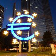 ヨーロッパ感たっぷりのモニュメント