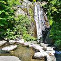 八丁の湯に行くなら滝見の湯 加仁湯から徒歩10分