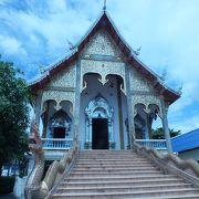 アサヌーン市場近くのお寺