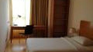 サーウッド レジデンス ホテル