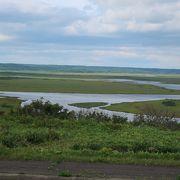 湿原と海を両方眺められるパノラマスポット