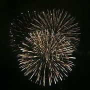 色鮮やかな花火