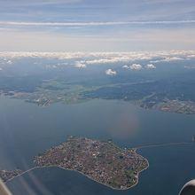 空から湖畔から