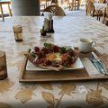 写真:緑の食卓はる