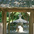 写真:源義朝の墓