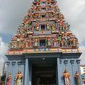 写真:スリ スリニバサ ペルマル寺院