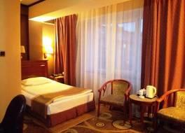 Khabu Hotel