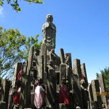 幸せ祈願の仏像