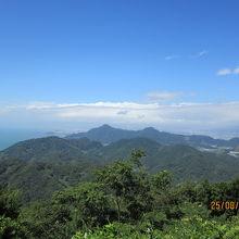 パノラマパーク山頂からの伊豆の山々