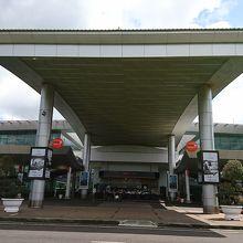 バンメトート空港 (BMV)