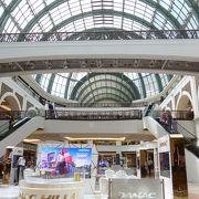 ドバイ・モールに次ぐ巨大ショッピングモールに行ってきました!!