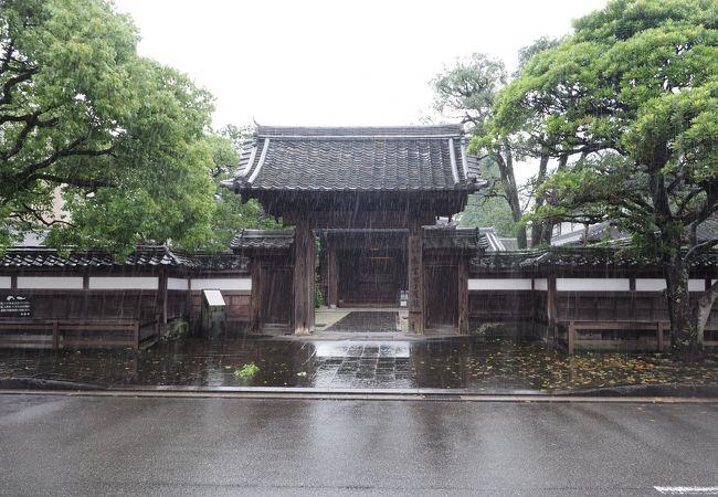江戸の武家屋敷かと思ったら、明治に建てられた最後の藩主稲葉家の別邸でした