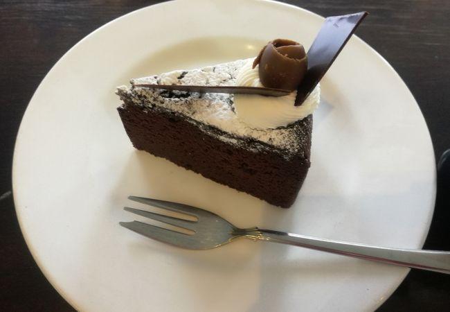 上品なケーキ屋さん