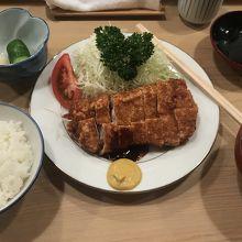ロースかつ定食 1,900円