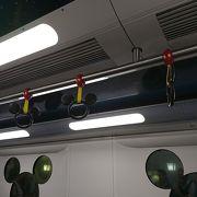可愛い電車でディズニー気分が盛り上がります